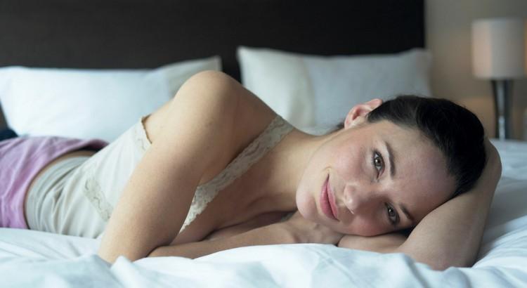 Emma nous parlibrement se libido et de ses secret pour avec plus de plaisir durant l'acte sexuel